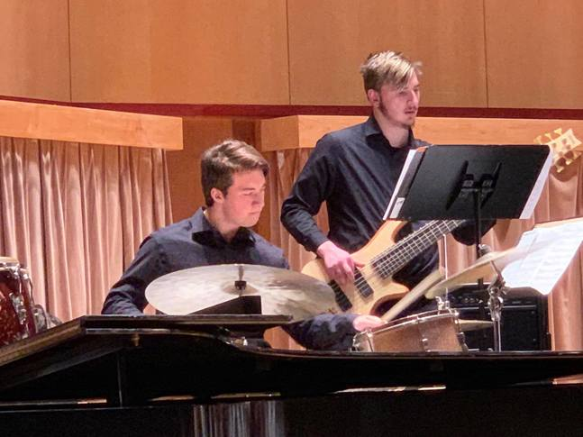 Jazz I stands out at Duluth festival