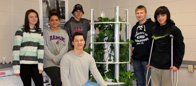 Students Build Aeroponic Tower Garden