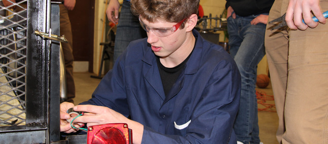 Metals course builds hands-on skills